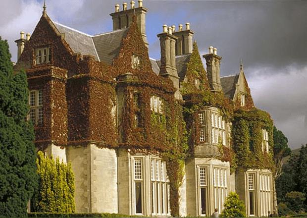 Muckrooss House