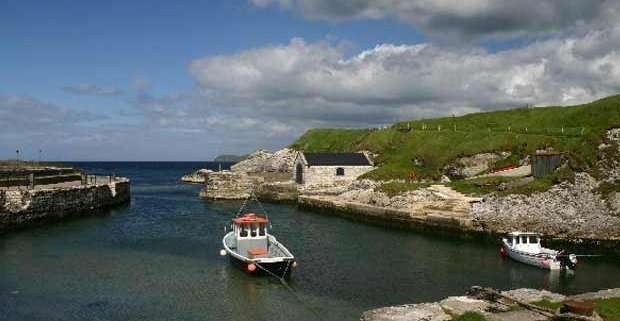Ballintoy (Bob Jones, Wikipedia)