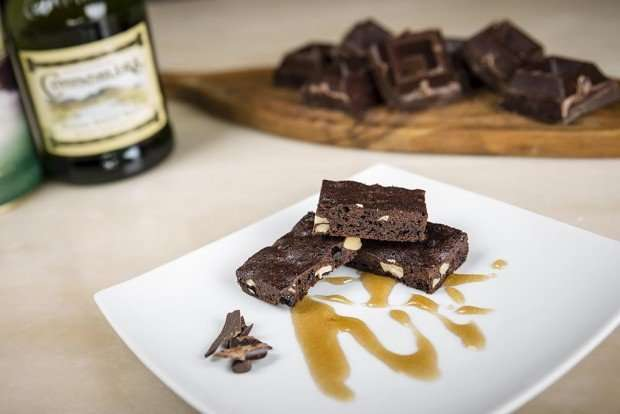 Brownies in salsa di whiskey