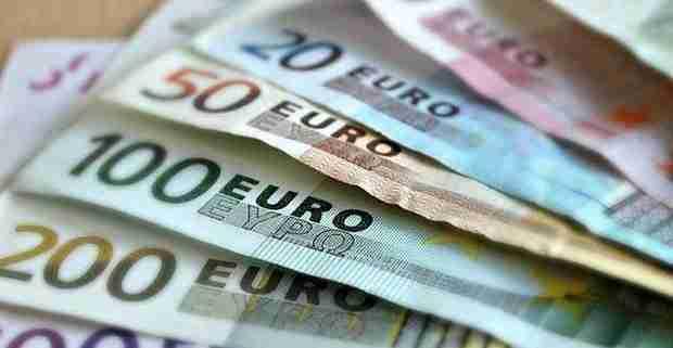 Valuta, moneta irlandese
