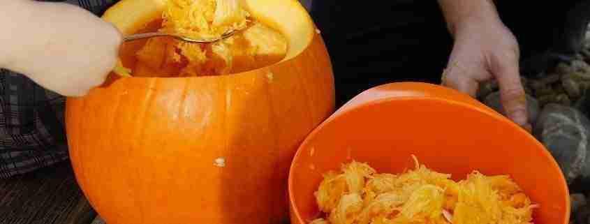 Zucca di Halloween, svuotamento