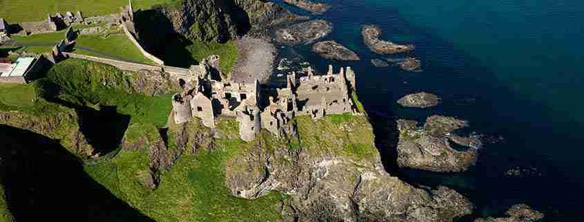 Il Castello di Dunluce dall'alto