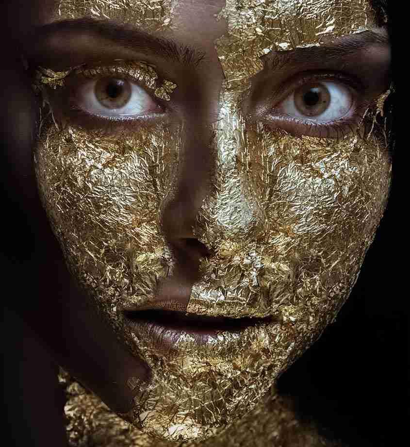 Trucco oro e marrone
