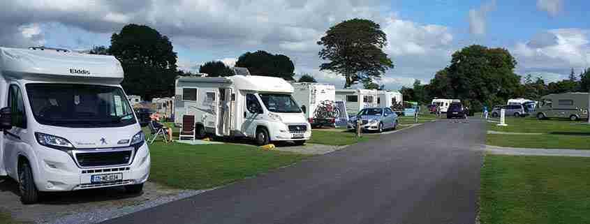 In camper in Irlanda