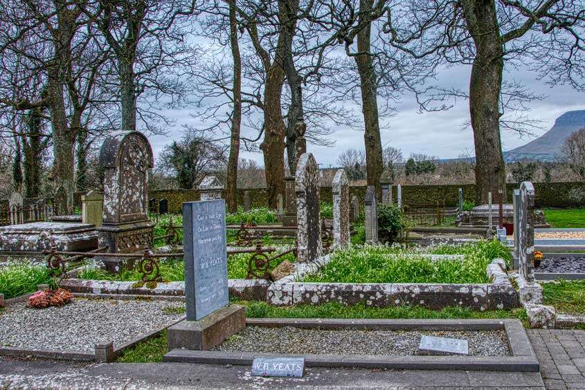 La tomba di Yeats a Drumcliffe