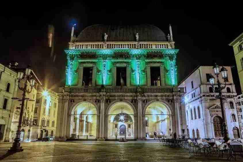 Global Greening, Palazzo della Loggia a Brescia